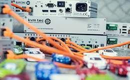 kvm-tec Matrix Switching System Foto